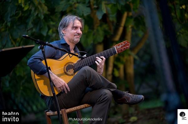 chitarrista-e-compositore